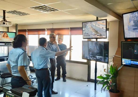 Πάτρα - Επίσκεψη του Άγγελου Τσιγκρή σε Αστυνομία και Πυροσβεστική (φωτο)
