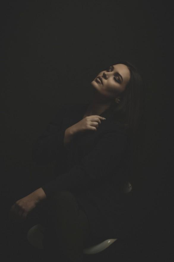 Χάρμα οφθαλμών η Μαρία Μητρούλια στη φωτογράφιση της (pics)