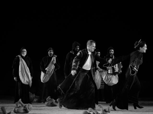 Περισσότεροι από 18.500 θεατές χειροκρότησαν την παράσταση «Οιδίπους Τύραννος» στην Επίδαυρο!