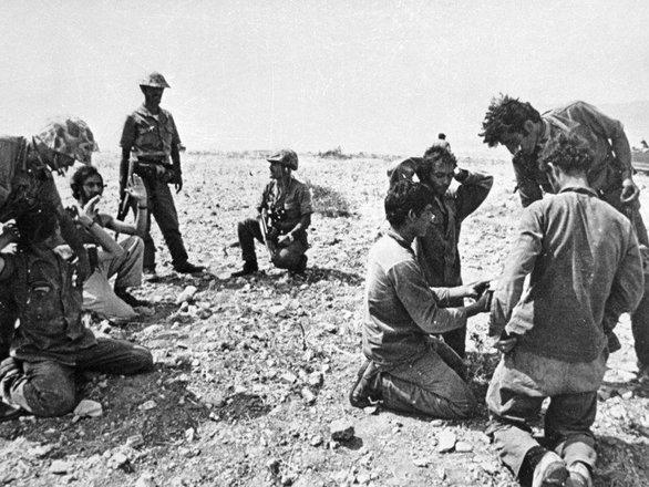 45 χρόνια μετά την εισβολή των Τούρκων στη Κύπρο - Δύο Πατρινοί που πολέμησαν, θυμούνται!