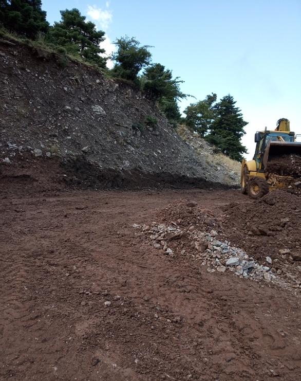 Πάτρα - Αποκαταστάθηκε ο δρόμος που οδηγεί στο καταφύγιο στο Παναχαϊκό (φωτο)
