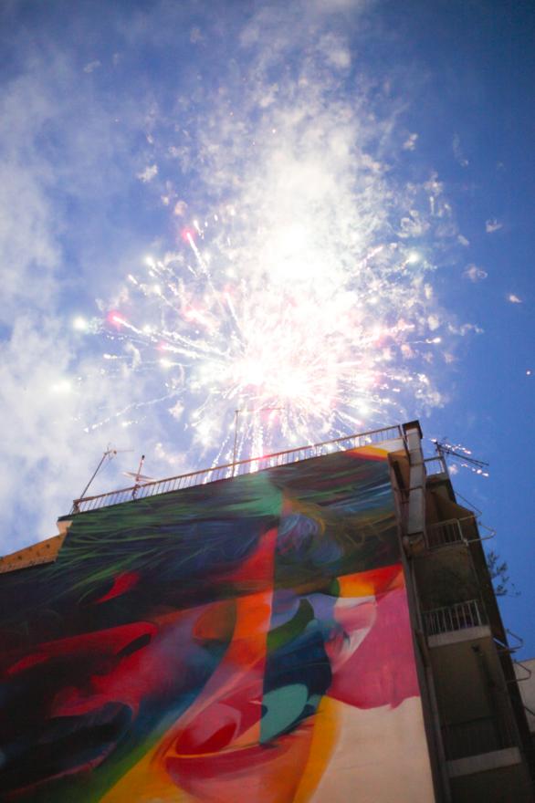 Για άλλη μια χρονιά η Πάτρα μετατράπηκε σε έναν καμβά χρωμάτων! (φωτο)