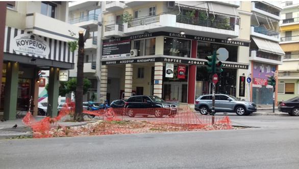 """Δημήτρης Δημητρόπουλος: """"Η πικρία ενός αδικοχαμένου μικρού δέντρου που ζούσε ανέμελα στην γωνία των οδών Κορίνθου & Καρόλου"""""""