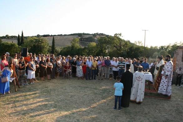 Αχαΐα - Πλήθος κόσμου στην Ιερά Παράκληση προς την Υπεραγία Θεοτόκο, στη Μέντζενα Ερυμάνθου