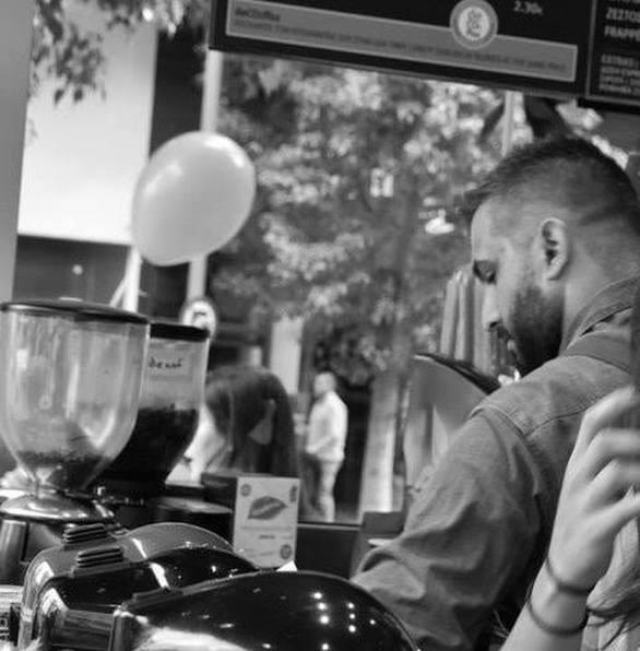 Πάτρα - Συγκινούν τα μηνύματα για το θάνατο του 29χρονου Λευτέρη Πανταζή