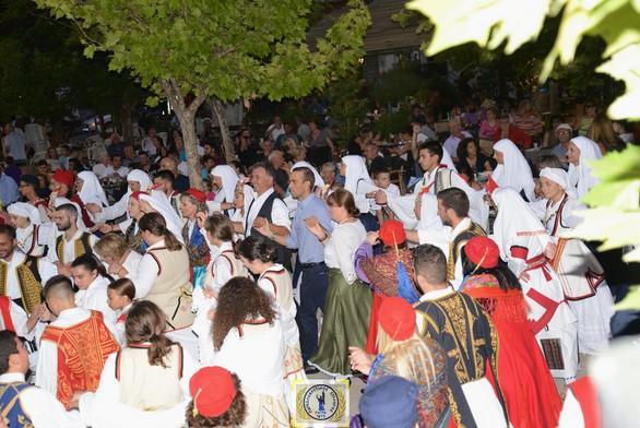 Πλήθος κόσμου στην ορεινή Αχαΐα για το 17ο Παγκαλαβρυτινό Αντάμωμα - Δείτε φωτογραφίες
