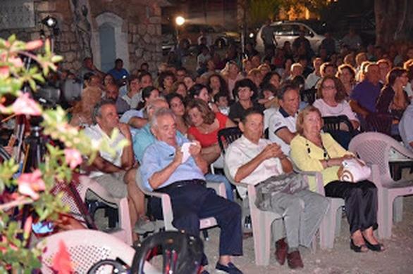 Καλό Νερό: Πλήθος κόσμου παρακολούθησε το αφιέρωμα στον Στέλιο Καζαντζίδη