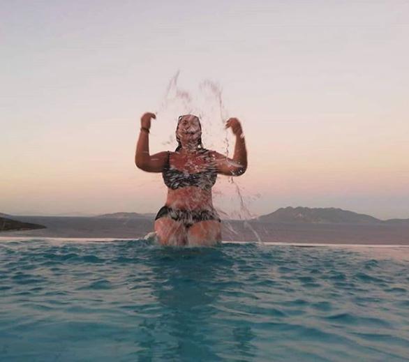 Η Μαρία Φιλίππου απολαμβάνει τις διακοπές της