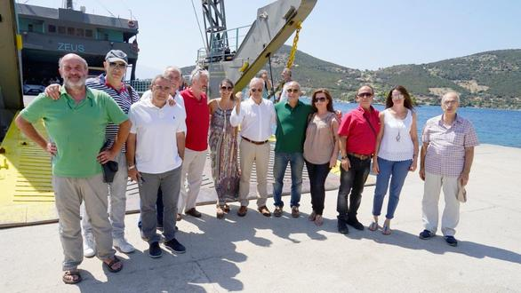 Τα Οινοξένεια αναβίωσαν για μια ήμερα την ακτοπλοϊκή σύνδεση Αίγιο - Άγιος Νικόλαος (φωτο)