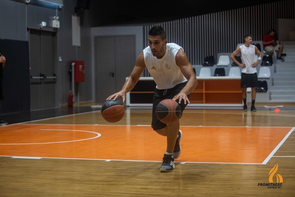 """Λεωνίδας Κασελάκης: """"Να ξέρουμε ότι δώσαμε το 100% και να είμαστε ικανοποιημένοι ο καθένας με τον εαυτό του"""""""