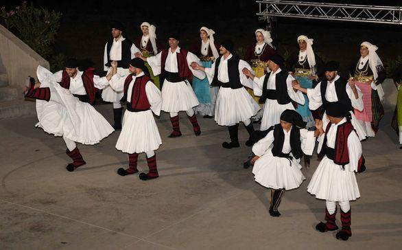 Δεκάδες Πατρινοί ταξίδεψαν στα... Μονοπάτια της Ζωητάδας! (pics)