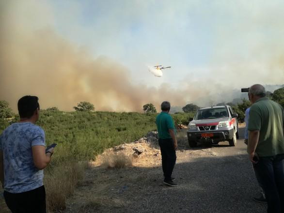 Κοντά στις δυνάμεις της Πυροσβεστικήςη Αντιπεριφερειάρχης ΠΕ Αιτωλοακαρνανίας Μαρία Σαλμά