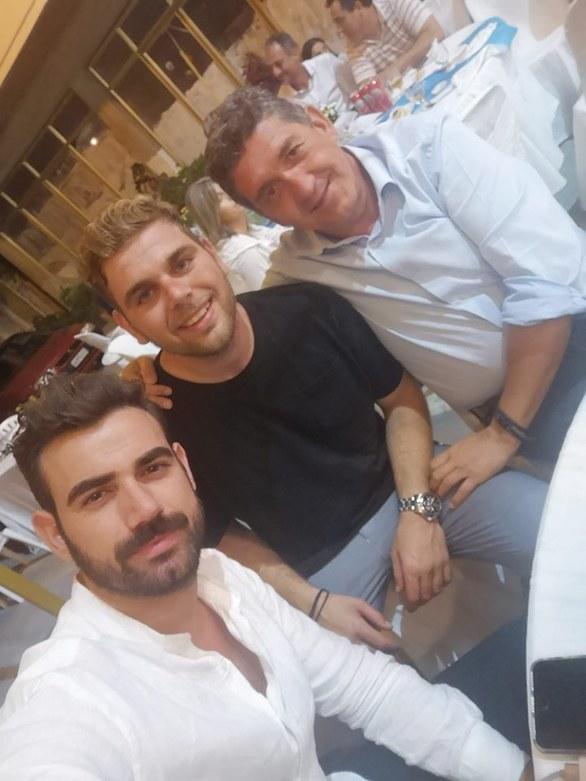Νίκος Πολυδερόπουλος: Το γλέντι στην Αχαΐα για τον γάμο του αδελφού του (pics+video)