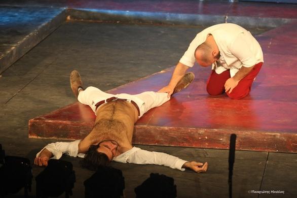 """Η παράσταση """"Δον Ζουάν"""" καθήλωσε το Πατρινό κοινό (φωτο)"""