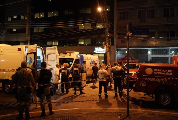 Ρίο ντε Τζανέιρο - Τουλάχιστον 11 νεκροί από πυρκαγιά σε νοσοκομείο (φωτο+video)