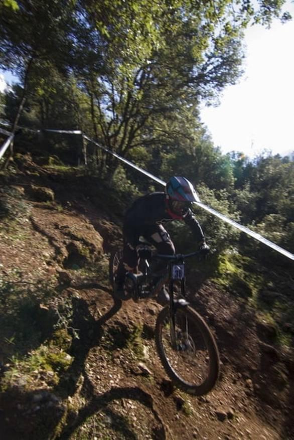 Αδρεναλίνη στα ύψη - Το Καλάβρυτα Downhill Race 2019, έρχεται για να μας απογειώσει