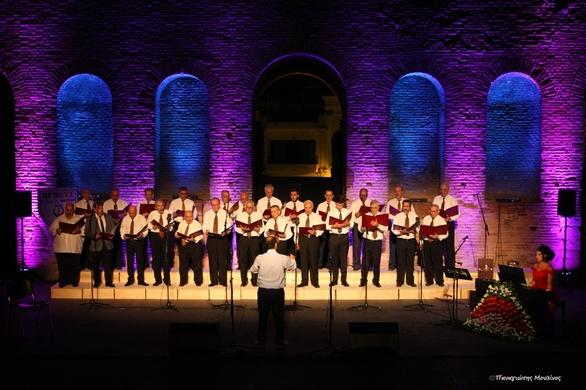 Πάτρα - Κατάμεστο το ΡωμαϊκόΩδείο στην 1η Φθινοπωρινή Συνάντηση Λυρικού & Χορωδιακού τραγουδιού! (φωτο)