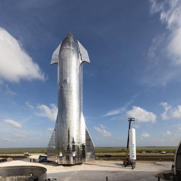 Έλον Μάσκ: Έτοιμο για διαστημικά ταξίδια το «Αστρόπλοιο»