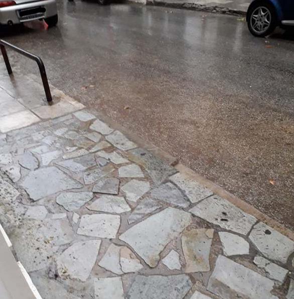 Αχαΐα: Προβλήματα από τους δυνατούς ανέμους που σαρώνουν την περιοχή (φωτο)