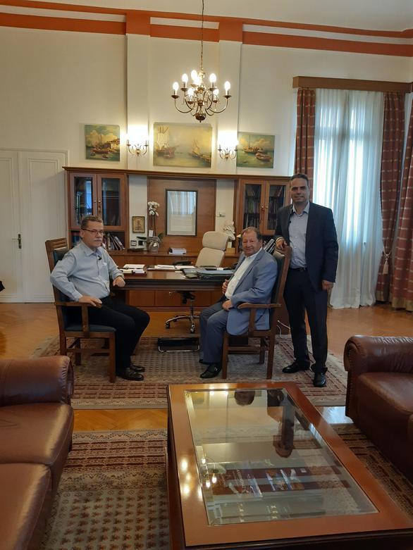 Ο Δήμαρχος Αγιάλειας βρέθηκε στην Κοζάνη (φωτο)