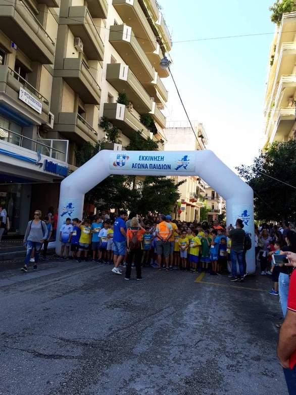 Πάτρα: Αθλητές και μαθητές του Α.Σ. Αστραπή πήραν μέρος στο Run Greece (φωτο)