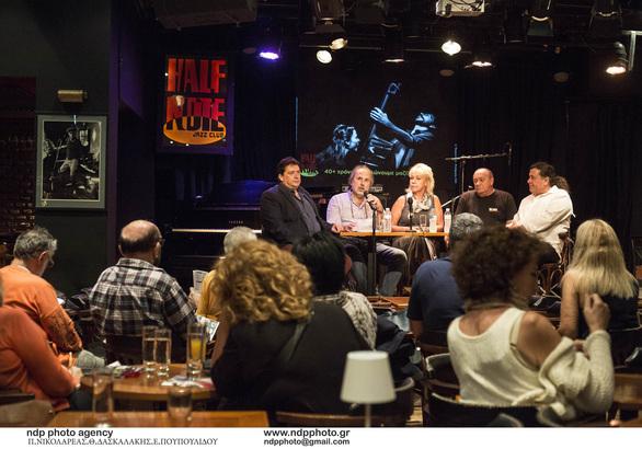 Half Note Jazz Club: Η τζαζ πλευρά της πόλης (φωτο)
