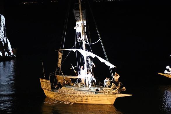 """Το 1571 """"ταξίδεψε"""" στο 2019, μέσα από τα νερά της Ναυπάκτου και τη Guernika (pics+video)"""