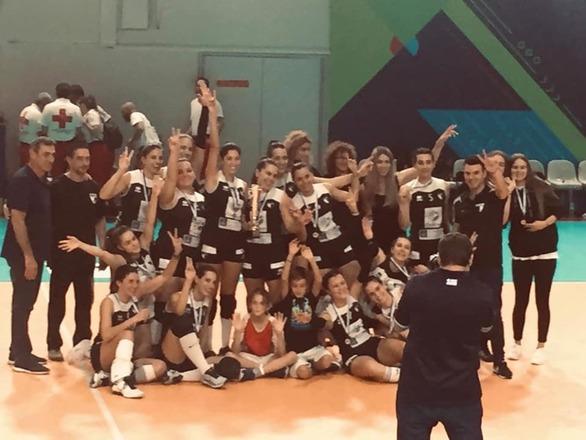 Η γυναικεία ομάδα της Ε.Α. Πατρών κατέκτησε το κύπελλο της Ε.Σ.ΠΕ.Π!