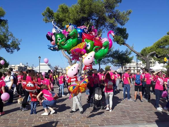 Στους ρυθμούς του Pink the City η Πάτρα! (φωτο)