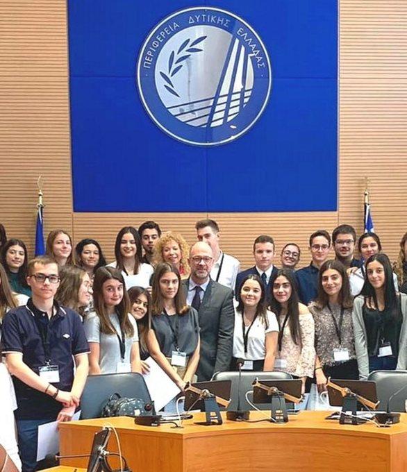 Σε ρόλο ευρωβουλευτή, μαθητές Λυκείων της Πάτρας (φωτο)