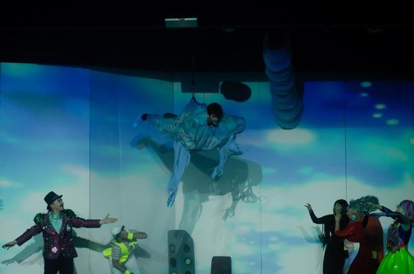 «Ο Ουρανένιος» στο Θέατρο Ζίνα