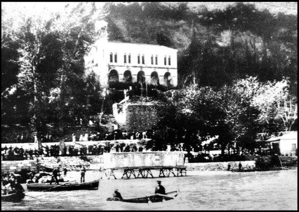 """Η Παναγία Τρυπητή """"ταξιδεύει"""" στο 1907"""