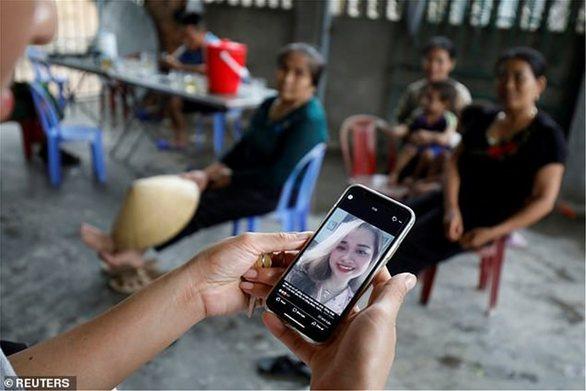 Βρετανία: Με εφαρμογές αλά Tinder η παγίδα των δουλεμπόρων - Βιετναμέζοι οι 25 από τους 39 νεκρούς