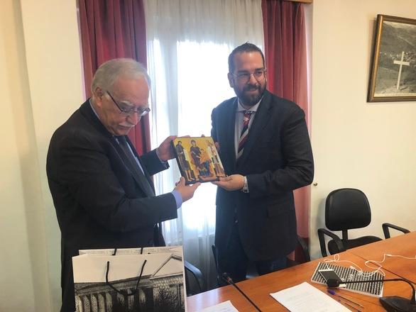 Αχαΐα: Ο Νεκτάριος Φαρμάκης επισκέφθηκε τα Καλάβρυτα (φωτο)