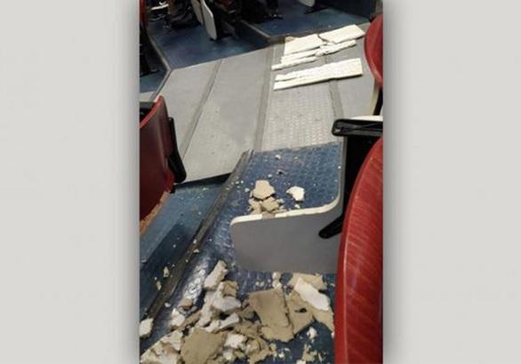 Θράκη: Έπεσε η οροφή στο Δημοκρίτειο Πανεπιστήμιο (φωτο)