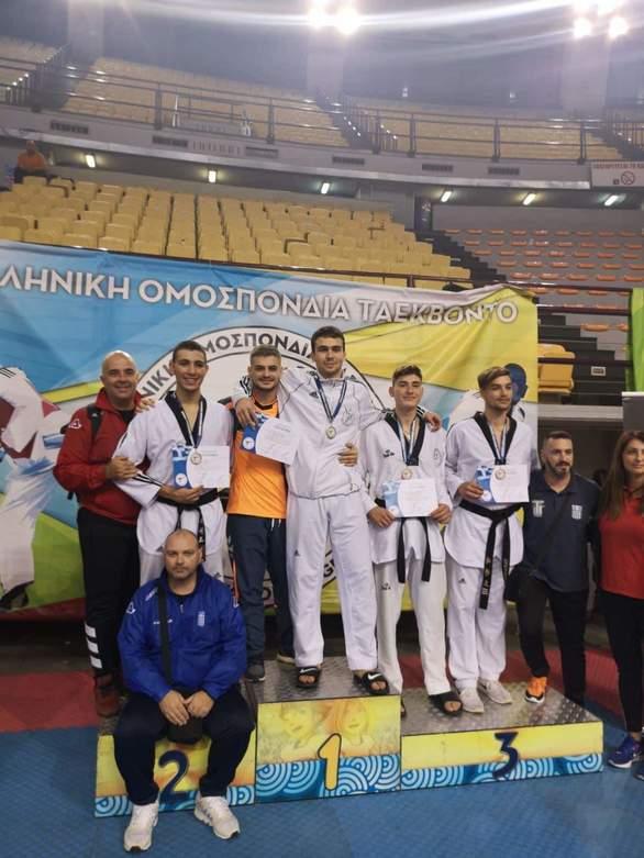 Α.Σ. Αστραπή - Δύο μετάλλια στη κατηγορία των Νέων!