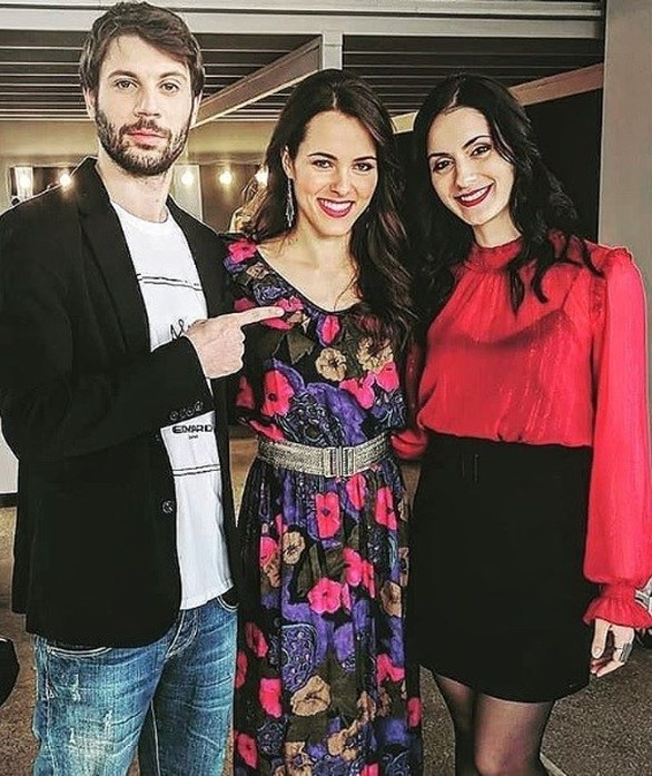 «Καφέ της Χαράς» - Ο Μανωλάκης και η Βάλια ποζάρουν για την επιστροφή της σειράς! (φωτο)