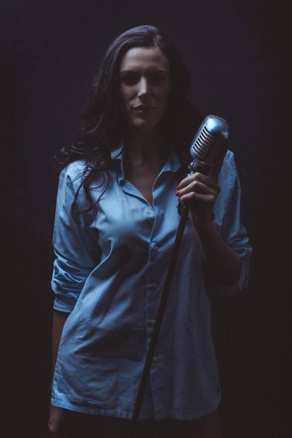 Μαριάννα Βούλγαρη - Μια φωνή που αφυπνίζει και έχει αγκαλιάσει το κοινό της Πάτρας!