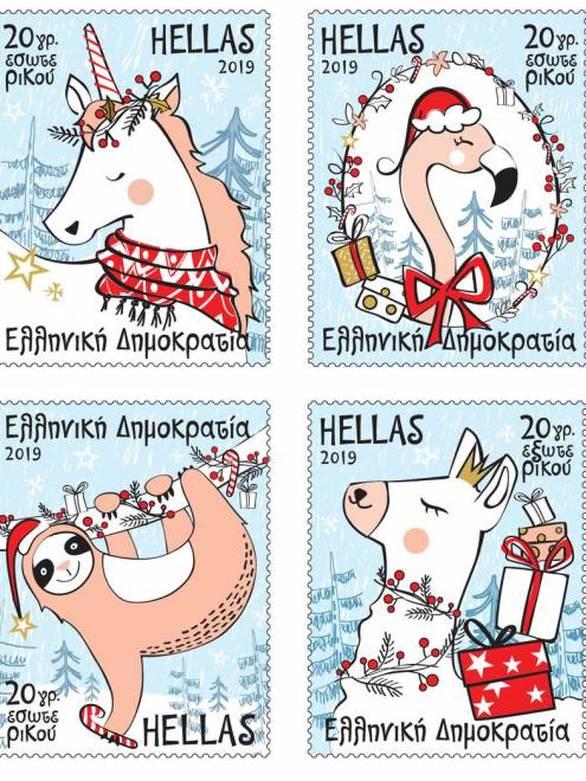 Πάτρα: Μπήκαν στις θέσεις τους τα γιορτινά κόκκινα γραμματοκιβώτια του Αϊ Βασίλη