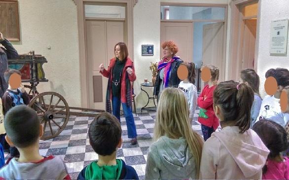 Πάτρα: Ένα ξεχωριστό ταξίδι στο χρόνο για τους μαθητές του 4ου Δημοτικού σχολείου (φωτο)