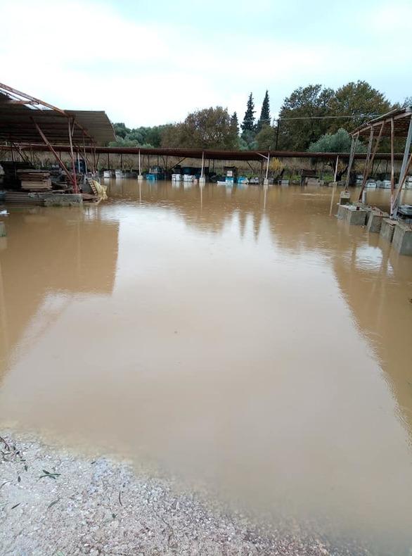 Μεγάλες οι καταστροφές από τη βροχή στα χωριά της Δυτικής Αχαΐας (φωτο)