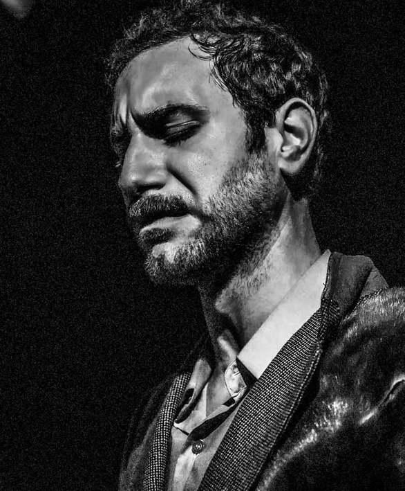 Άγγελος Ανδριόπουλος - Ο Πατρινός ηθοποιός σε έναν έρωτα αχόρταγο και αδάμαστου πάθους!