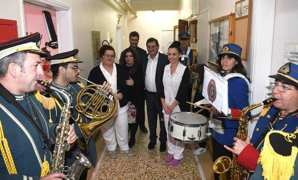 O Κώστας Πελετίδης επισκέφθηκε ιδρύματα της Πάτρας (φωτο)