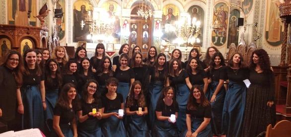 Χριστουγεννιάτικα τραγούδια και κάλαντα από όλο τον κόσμο, μάγεψαν το κοινό της Πάτρας!