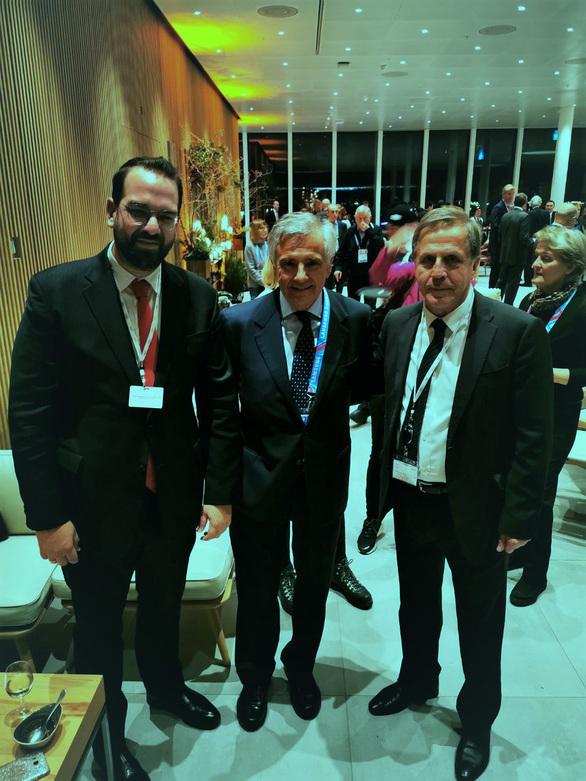Πρόσκληση του Νεκτάριου Φαρμάκη προς τον Πρόεδρο της Δ.Ο.Ε. Τόμας Μπαχ, να επισκεφθεί τη Δυτική Ελλάδα