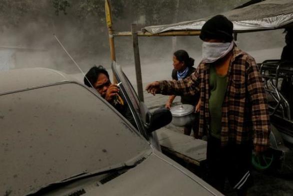 Σε συναγερμό οι Φιλιππίνες για το ηφαίστειο Τάαλ
