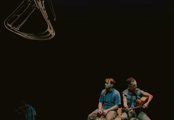 Δημήτρης Βαμβακάς - Ένα παιδί που αγάπησε τα κείμενα και ανέβηκε στο θεατρικό σανίδι!