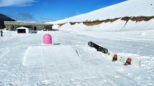 Αλκυονίδες μέρες στο Χιονοδρομικό των Καλαβρύτων - Υπέροχες λήψεις