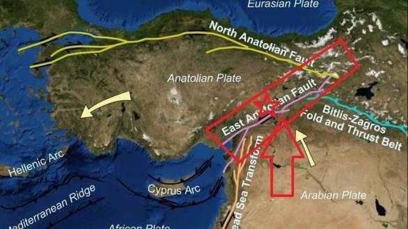 """Τσελέντης για σεισμό στην Τουρκία: """"Αναμένω μετασεισμούς πάνω από 6 Ρίχτερ"""""""