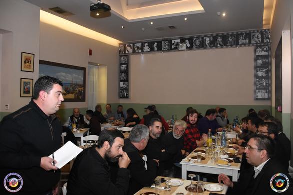 Σε μια ζεστή ατμόσφαιρα, έκοψε την πίτα της η Ένωση Ραδιοερασιτεχνών Δ. Πελοποννήσου (φωτο)